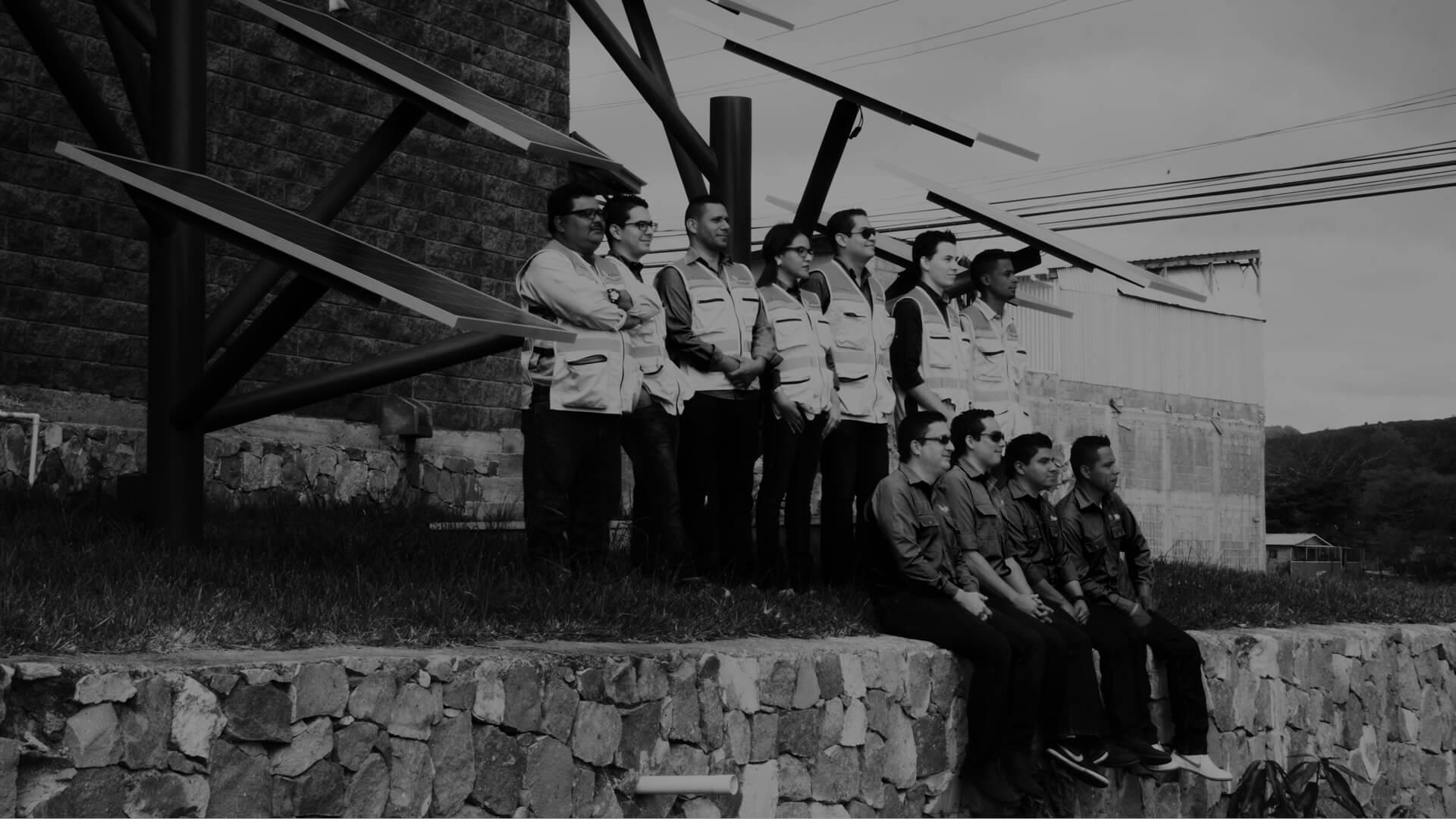 servicios de PROTEGER  Honduras-gestión solar-gestion natura-gestion infraestructura-gestion consultoria-imagen de equipo de grupo proteger honduras