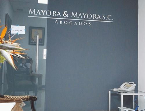 Diseño de interiores en la oficina de abogados Mayora & Mayora