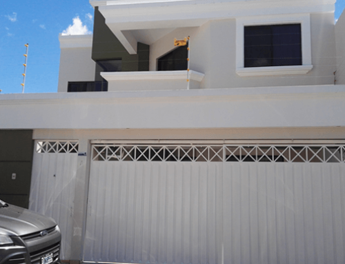 Pintura de fachada en residencia