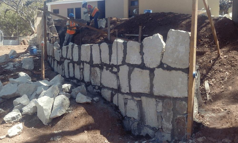 Engramado en residencia muro y gradas Grupo Proteger - 8