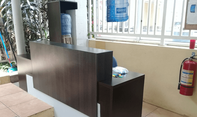 Mueble recibidor embajada americana grupo proteger - Mini