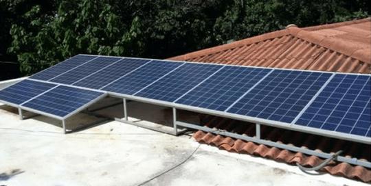 Suministro e instalación de autoproducción de energía en residencias - Mini